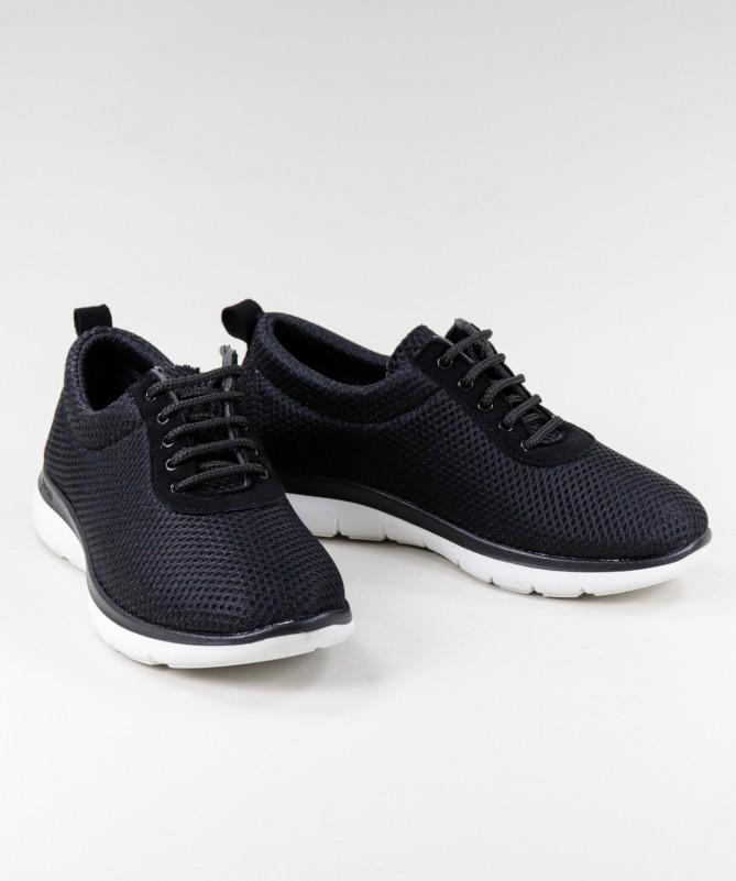 Sapatos Pretos de Senhora Ginova de Atacadores