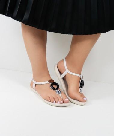Sandálias Ipanema Brancas com Aplicações