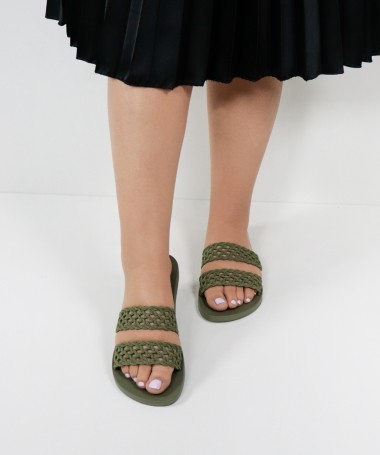 Chinelos Ipanema Verdes com Textura Renda