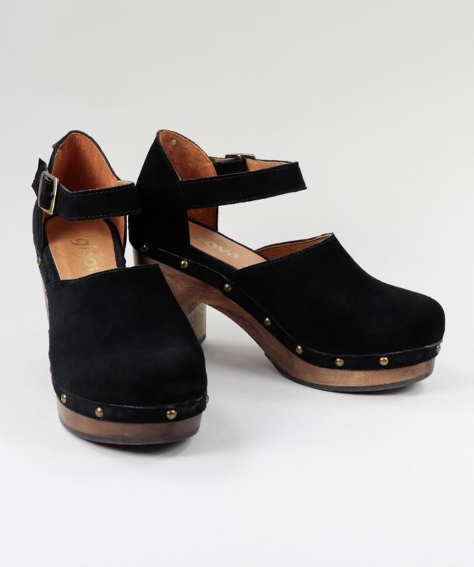 Sandálias Pretas de Senhora Ginova Fechada com Sola Madeira