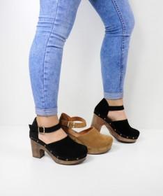 Sandálias de Senhora Ginova Fechada com Sola Madeira