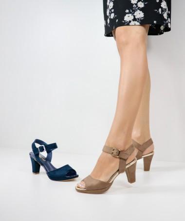 Sandálias de Senhora Ginova com Fivela
