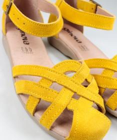 Sandálias Amarelas  de Senhora Ginova em Camurça