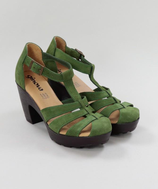 Sapato de Senhora Cómodo