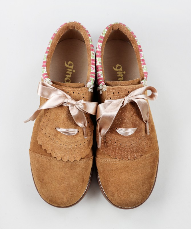 Sapatos de Carneira com Laço Cetim Ginova