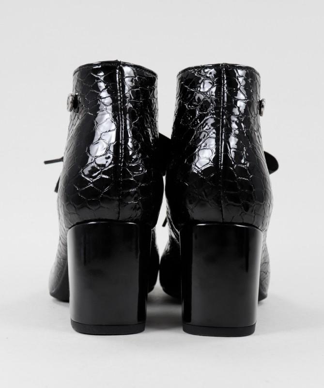 Sapato de Franjas
