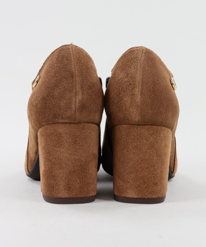 Botins Camel de Senhora Ginova de Salto Médio