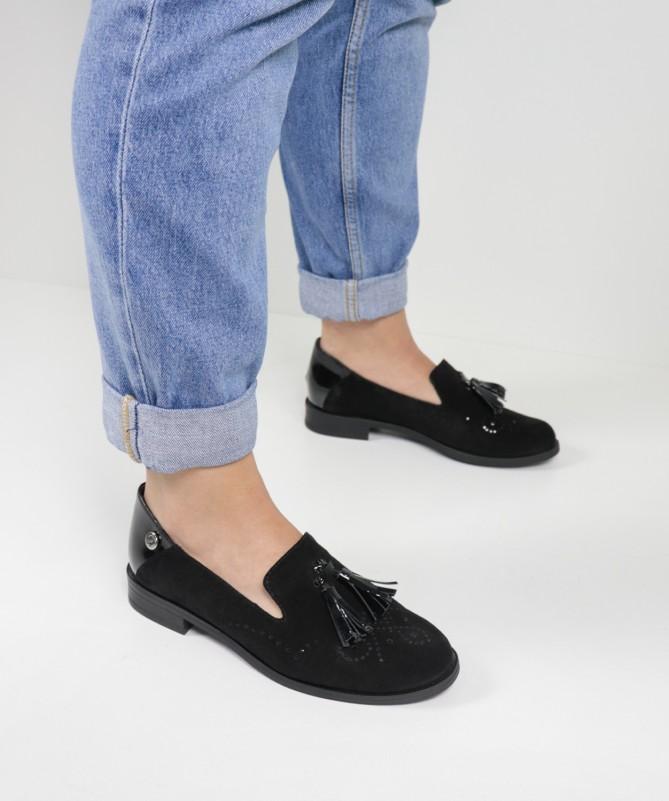 Sapatos Preto Rasos de Senhora Ginova com Berloque
