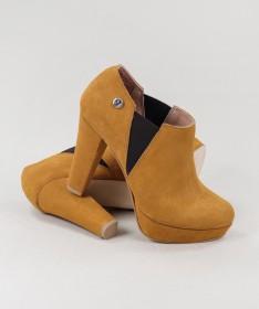 Sapato de Homem Clássico de Atacadores Interior: Pele Exterior: Pele Sola: Outros materiais Fabricado em Portugal