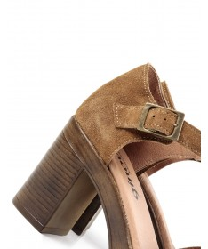 Sandálias de Mulher Ginova Camel Compensada Fechada Atrás