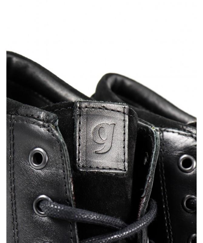 Botas de Homem Pretas com Detalhe Acolchoado Ginova