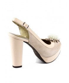 Sandálias de Senhora Compensada Nude com Aplicação Ginova