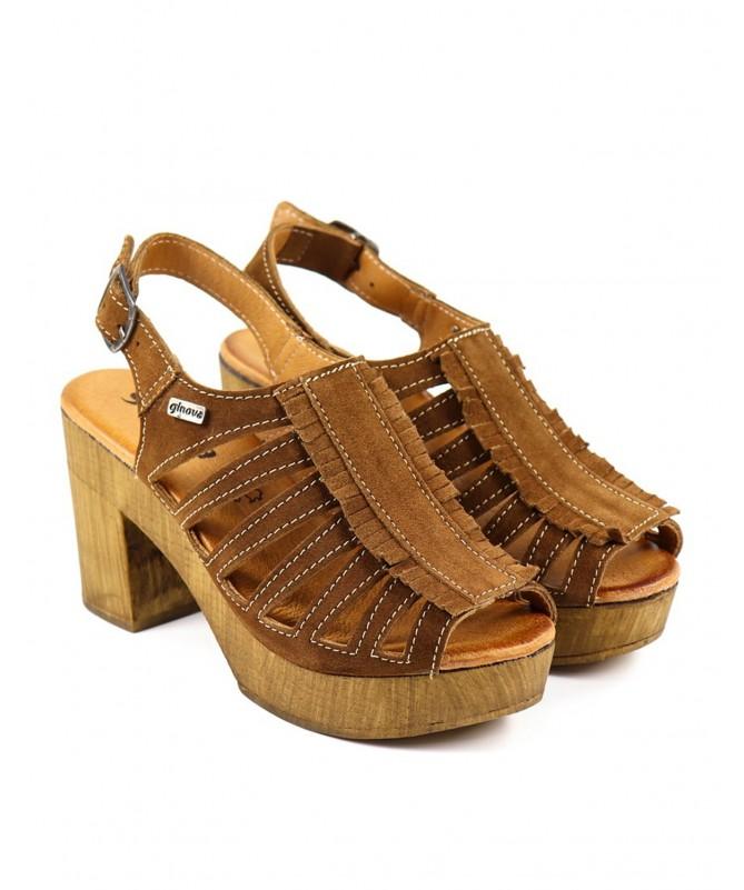 Sandálias Camel de Senhora Ginova Compensadas