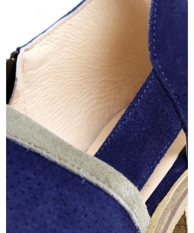Botins Azuis de Senhora Ginova com Corte de Lado