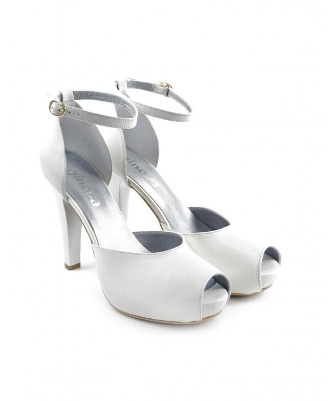 Sapatos de Senhora Elegante em Tom Pérola