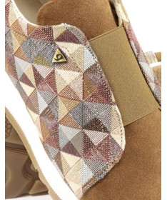 Sapatilhas Camel de Senhora com Padrão Geométrico