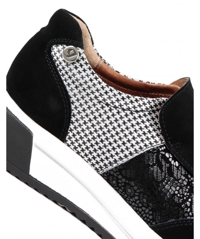 Sapatilhas Pretas de Mulher Ginova com Texturas