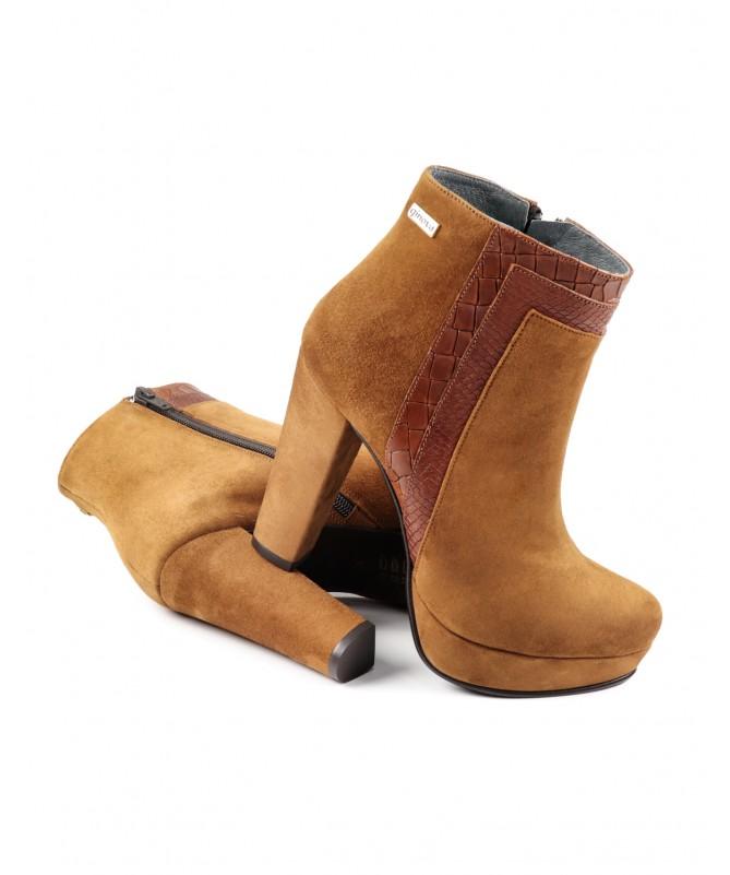 Botas Camel de Salto Alto Ginova Compensadas