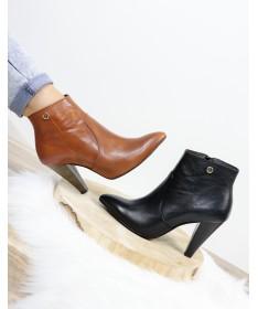 Botas de Salto Alto Ginova em Pele