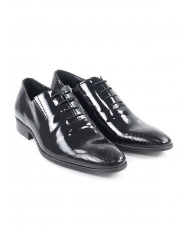 Sapatos de Homem Envernizados