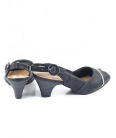 Sandálias Pretas de Senhora com Salto Médio