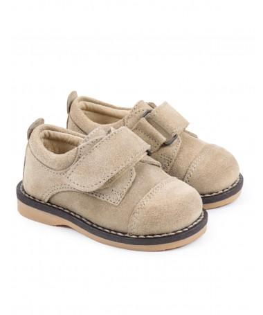 Sapatos de Criança com Tira em Velcro