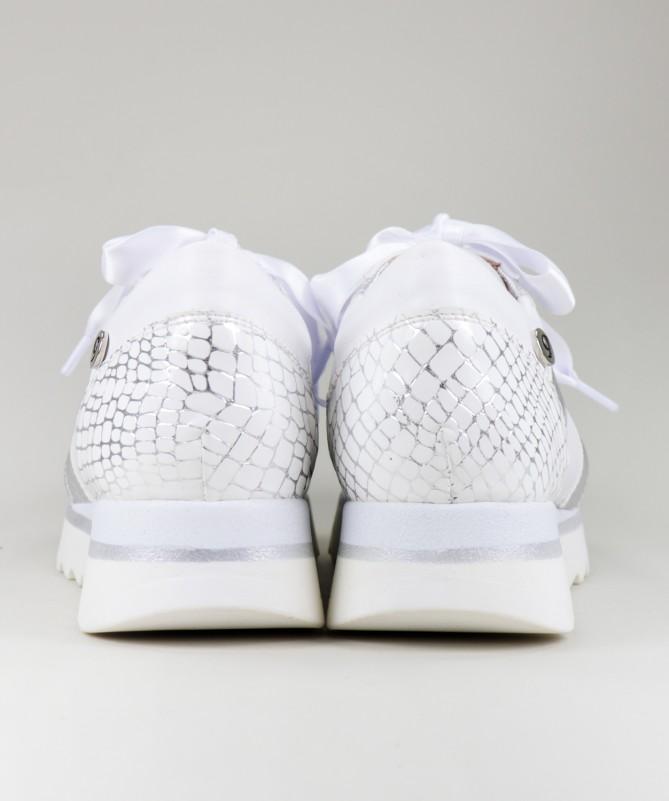 Sapatilhas Brancas Ginova com Detalhe Atrás