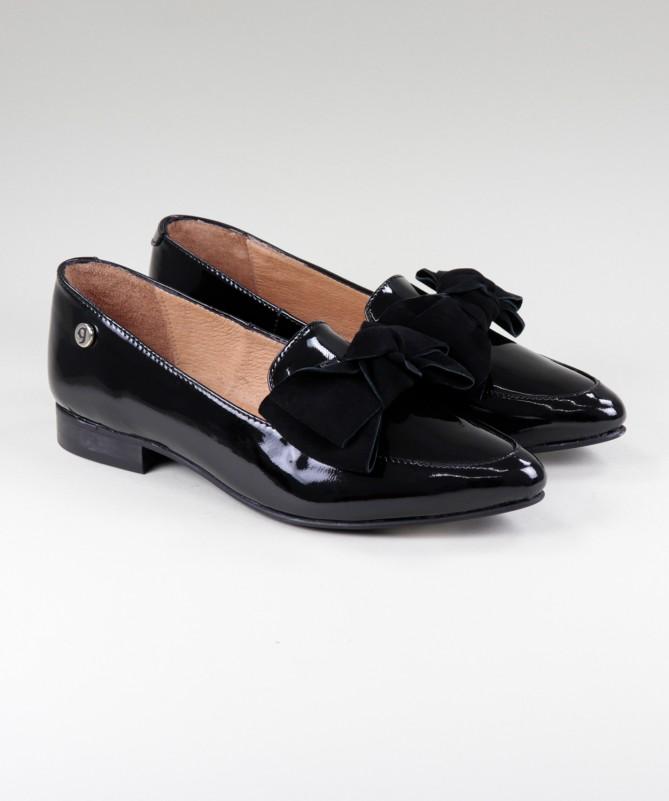 Sapatos Rasos Pretos Ginova Envernizados com Laço