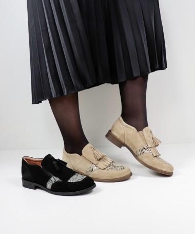Sapatos Oxford de Mulher Ginova com Berloque