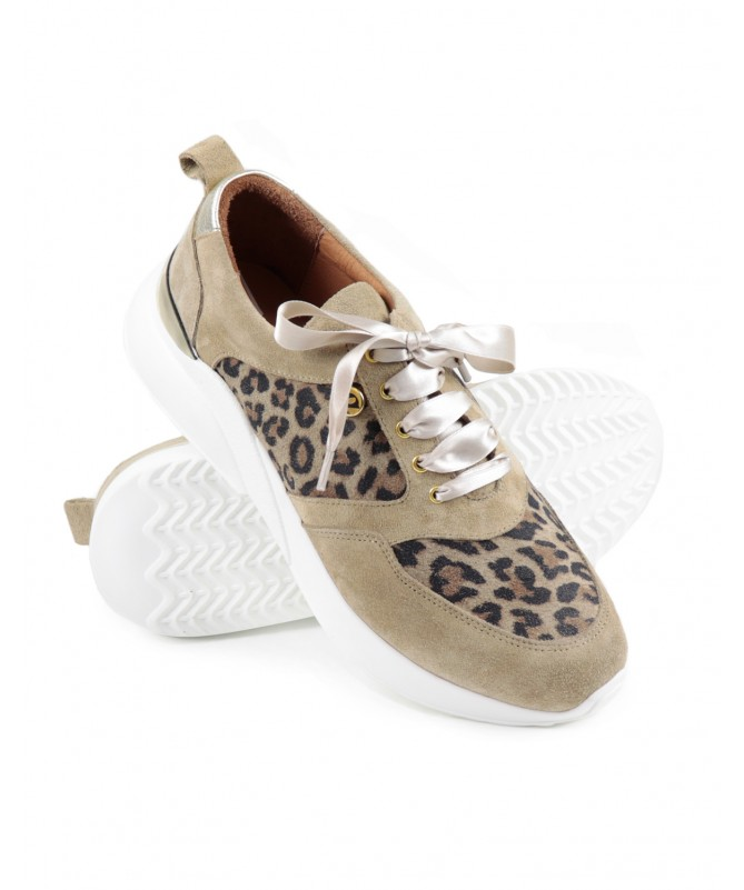 Sapatilhas de Mulher Ginova com Padrão Leopardo